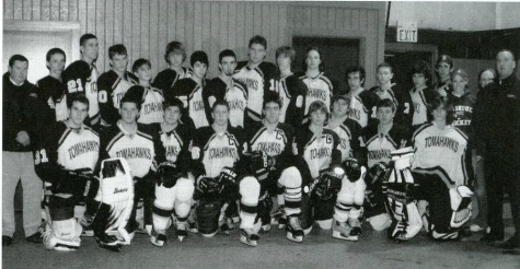 Arsenault (bottom row, second from left) with the hockey team his senior year, 2003-04. Photo from school yearbook.